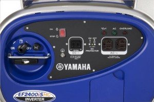 The Yamaha EF2400iSHC comes with (2) 120V outlets and (1) 12V DC outlet.